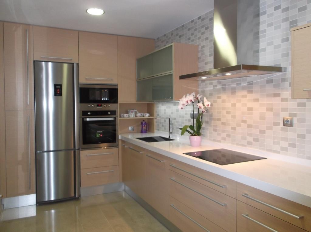 Proyectos y trabajos realizados dise o fabricaci n y for Proyecto muebles de cocina